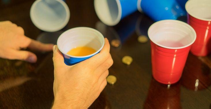 jeux alcool le top des meilleur jeux boire en soir e. Black Bedroom Furniture Sets. Home Design Ideas