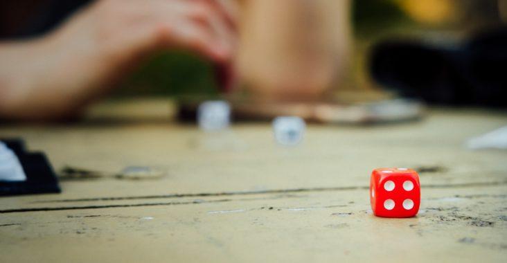 idée de jeu de soirée avec des dés - le 421
