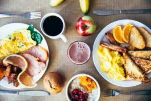 petit déjeuner de lendemain de soirée